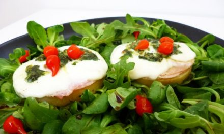 Polenta crostini, mozzarella and Basil