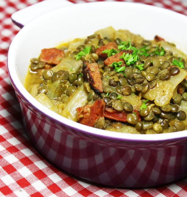 Le Puy green lentils with chorizo in cooking pot