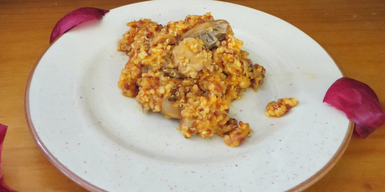 Quinoa and bulgur risotto with marinated mushrooms